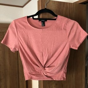 Forever 21 NWOT Twist-Front Crop Tee